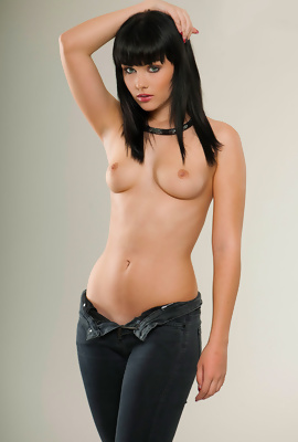 Exciting model Mellisa Clarke