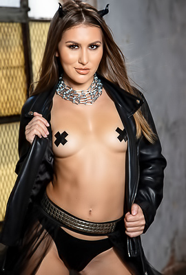 Slutty Model Paige Owens In Leather Suit