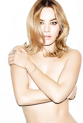 Camille Rowe in all her glory